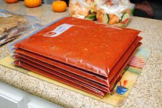 I always freeze my freezer meals flat! This woman has a lot of good recipes & tips for those who have never done freezer meals. Bulk Cooking, Freezer Cooking, Crock Pot Cooking, Cooking School, Cooking Tips, Make Ahead Freezer Meals, Crock Pot Freezer, Easy Meals, Chicken Freezer