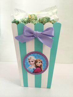 Frozen decorated Popcorn and Candy Box.  Set of 10. The perfect frozen birthday party favor!