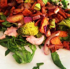 All veggies <3  www.facebook.com/mamsemanege  Inspireret af opskrifter i kogebogen 'LCHF Sanse Mad' af Mathilde Haase (bogen kan købes på www.mathildesmamsemanege.dk)
