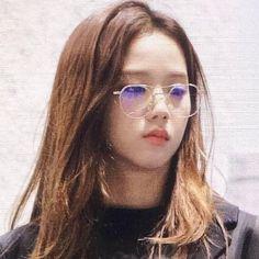 Iconic Photos, Blackpink Photos, South Korean Girls, Korean Girl Groups, K Pop, My Girl, Cool Girl, Kpop Anime, Mirrored Sunglasses