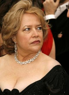 Kathy Bates Pictures - Rotten Tomatoes