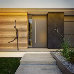 Modny III - dom parterowy z poddaszem użytkowym i garażem   doomo Modern Villa Design, Modern Exterior House Designs, House Paint Exterior, Exterior Design, House Gate Design, Village House Design, House Front Design, Sas Entree, Modern Entrance Door