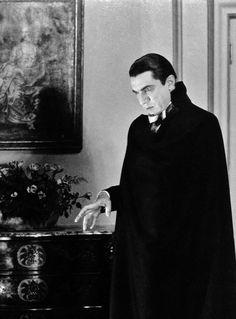 """Bela Lugosi as Count Dracula in """"Dracula"""" (1931), dir. Todd Browning."""