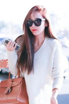 833d473a041c jessica gmp airport 16 pic update Jessica Jung Fashion