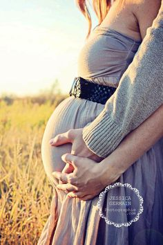 I Never Thought I Could Get Pregnant Naturally In Just 60 days! - But I Finally Discovered The Secret! I Never Thought I Could Get Pregnant Naturally In Just 60 days! - But I Finally Discovered The Secret! Maternity Photography Poses, Maternity Poses, Maternity Pictures, Baby Pictures, Pregnancy Pictures, Pregnancy Goals, Couple Pregnancy Photoshoot, Fall Pregnancy, Pregnancy Cravings