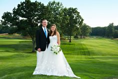 Round Hill Club Wedding | Connecticut Weddings | Photography by Berit Bizjak of Images by Berit | Round Hill Club Wedding Photographer | Bride and Groom | Wedding Dress | Wedding Gown