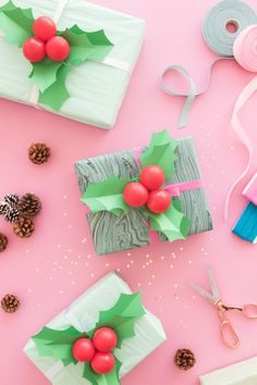 Holly Balloon Gift Toppers