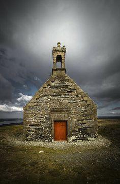 St. Michael, Breizh Cabin, Explore, Architecture, House Styles, Building, Home Decor, Arquitetura, Decoration Home, Room Decor