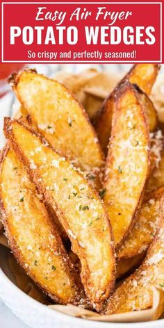 Air Fryer Potato Wedges are so crispy and perfectly seasoned! Tossed with Parmesan these easy homemade Air Fried Wedges make a tasty appetizer or side dish. Potato Wedges made in the Air Fryer are cri Air Fryer Recipes Breakfast, Air Fryer Oven Recipes, Air Frier Recipes, Air Fryer Dinner Recipes, Airfryer Breakfast Recipes, Air Fryer Recipes Potatoes, Air Fryer Recipes Appetizers, Air Fry Potatoes, Air Fryer Potato Chips