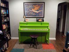 @Jac Holmes, this piano made me think of you! (Refinished green Piano by andibob909, via Flickr)