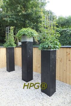 What a beauty !!! Planters design from Hivy Pillar Greenfashion, made in Holland. www.hivypllar.nl www.easyplantpill...