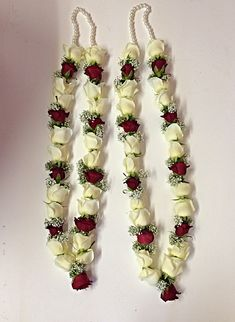 Red and white rose garland