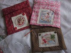 De très jolies pochettes de Véronique Enginger réalisées par le Blog : Souvenirs Brodés ! J'adore, c'est superbe !  http://souvenirsbrodes.canalblog.com/archives/2013/04/28/27031742.html