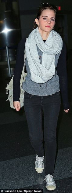 Style Emma Watson Casual Hermione Granger Ideas For 2019 Emma Watson Casual, Emma Watson Style, Emma Watson Outfits, Winter Outfits, Casual Outfits, Cute Outfits, Fashion Mode, Fashion Trends, Nail Fashion