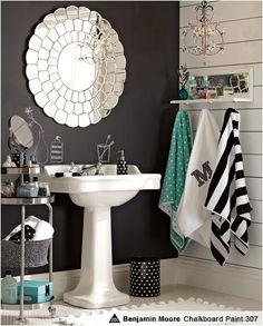 love for small bathroom....