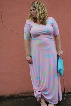 Rachel from GARAY TREASURES in her fun and colorful maxi Lularoe dress.