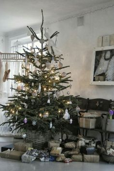 Charlie Brown Christmas tree :: This works for me! (Or maybe just a few more branches at the top?)