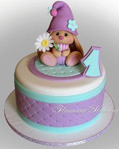 New birthday cake kids girls sofia ideas Fondant Girl, Fondant Cakes, Cupcake Cakes, Toddler Birthday Cakes, Baby Birthday Cakes, Torta Baby Shower, Cake Decorating Tips, Decorating Supplies, Girl Cakes