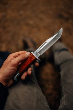 Do you prefer dependable goods? The model 119 Special has been a reliable cutting tool for generations of hunters and sportsmen. The Heritage Series version of the 119 is shown. Camping Survival, D2 Steel, Buck Knives, Fixed Blade Knife
