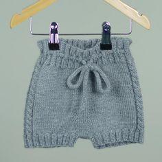 Slipover, Jacket & Bloomers – Pattern Kit (Knitting) Payed Recipes Go Handmade Knitting For Kids, Baby Knitting, Crochet Baby, Baby Patterns, Knit Patterns, Brei Baby, Baby Dresser, Baby Barn, Baby Pullover