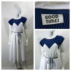 Vintage 1970s Navy/White Geometric Pleated Top by Dirty30Vintage, $40.00