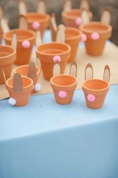 Mini flower pots Easter gifts You are in the right place about Kids Crafts for fall Here we offer yo Easter Birthday Party, Bunny Birthday, First Birthday Parties, First Birthdays, Spring Birthday Party Ideas, Birthday Gifts, 90th Birthday, Easter Gifts For Kids, Easter Crafts