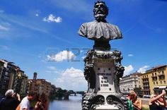 Bust of Benvenuto Cellini on the Ponte Vecchio bridge, Florence, Italy