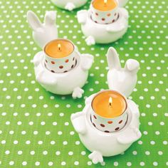 Show details for Teenie Porcelain Bunny order at www.FiftyshadesofGold.mygc.com