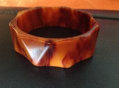 Vintage end of day Carmel colored Bakelite bracelet