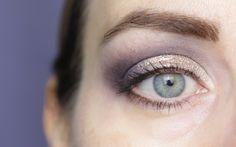 Leichter kann ein Augen-Make-up nicht sein. Der Laura Mercier Caviar Stick Eye Shadow lässt sich problemlos auftragen und hält sehr gut. Ich zeige Euch wie.