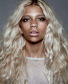 Блондинка негр фото