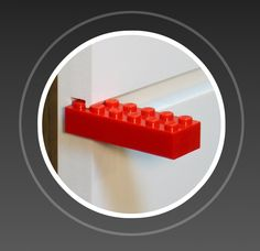 Slide in your LEGO bricks and plates to create a custom display shelf for your collection