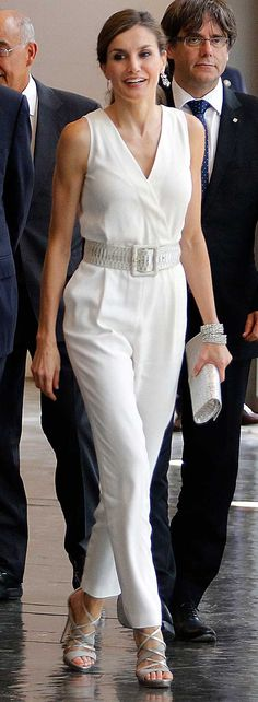 la Reina Letizia luce un estilismo xxxxx en la entrega de los Premios Princesa de Girona xxxxx