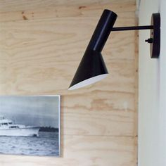 Billedresultat for bolia væglampe Wall Fixtures, Wall Sconces, Wall Lamps, Light Fixtures, Wall Lights, Ceiling Lights, Arne Jacobsen, Exposed Wood, Bedroom Lighting