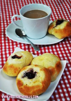 Kolache recipe, going to have to try this for my Slovak!!