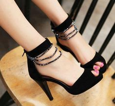 Black strass shoes