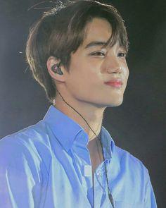 He looks like some anime character or like a fictional character mannnn 😱😰 Kaisoo, Kyungsoo, Chanyeol, Taemin, Shinee, Kim Kai, Rapper, Oppa Gangnam Style, Kim Jong Dae
