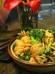 Tempeh & Broccoli Pasta. #vegan