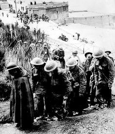 British prisoners at Dunkerque, France.jpg
