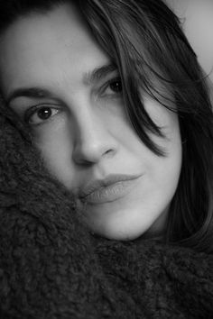 Ritratto / Black and white / Girl / Woman