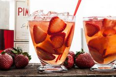 Ruby on Rails Cocktail 2 or 3 medium strawberries, hulled and thinly sliced 1 1/2 ounces gin 1 3/4 ounces fruity rosé wine 3/4 ounce Strawberry Syrup 1/2 ounce freshly squeezed lemon juice 1/2 ounce Pimm's No. 1 #cocktails #drinks #alcohol #summertime