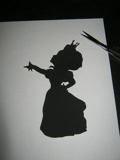 The Red Queen Alice in Wonderland Silhouette