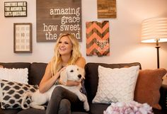 Before and After: Rising Country Star Kelsea Ballerini?s Wow-Worthy Apartment Makeover