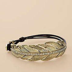 I have a very similar bracelet