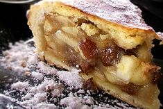 Apple pie with a Romanian twist :) Romanian Food, American Food, Something Sweet, Confectionery, Apple Pie, Sweet Tooth, Bakery, Deserts, Food And Drink