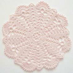 Me gusta, 23 comentarios - ❤️ Croche Sem Dificuldade Crochet doily Step by step Tut Crochet Doily Patterns, Thread Crochet, Crochet Motif, Crochet Stitches, Knit Crochet, Crochet Home, Crochet Crafts, Crochet Projects, Crochet Dollies