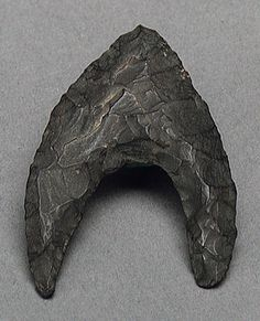 Arrowhead, Neolithic period, ca. 7000–4500 b.c.  Egyptian; From the Faiyum area  Chert