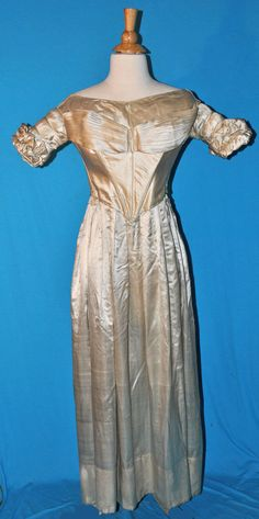 ANTIQUE DRESS c1838 LADY'S SILK SATIN GOWN ALL HAND STITCHED MUSEUM DE-ACCESSION | eBay
