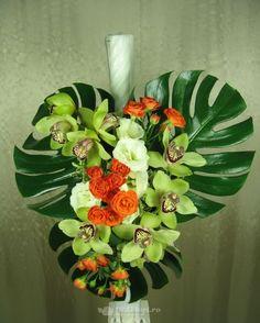 Lumanare nunta/botez de la 123flori Plants, Horsehair, Plant, Planets