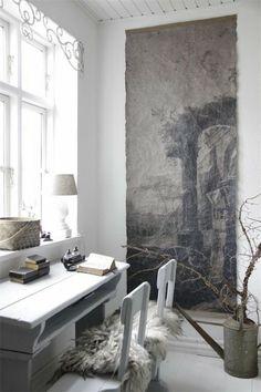 Her finder du ALLE vigtige FAQ's om malede møbler Decor, Interior, Interior Inspiration, Little Cottage, French Nordic, Home Decor, House Interior, Home Deco, Home And Living